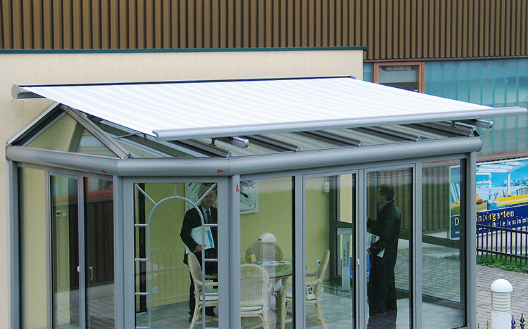 Conservatory shadings - TARGA PS6000 | Sun Protection and Weather Protection with STOBAG